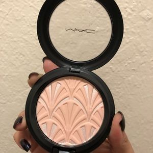 Mac limited edition philip treacy blush pink